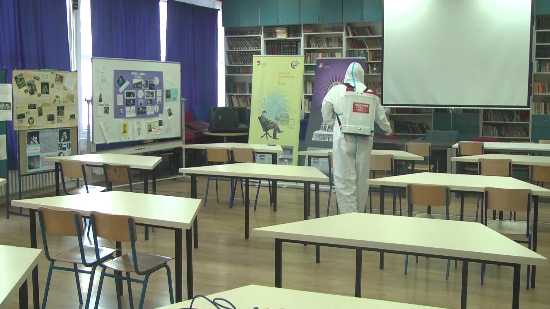 "U OŠ ""Dragomir Marković"" kompletna dezinfekcija školskih prostorija"