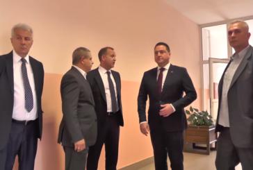 Ministar Branko Ružić obišao radove na nadogradnji sprata u Medicinskoj školi