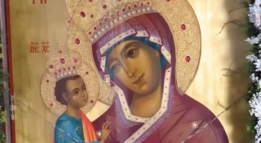 Skit posvećen ikoni Presvete Bogorodice Pećke Krasnice  gradi se u manastiru Svetog Luke u Bošnjanu
