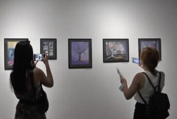 """U Umetničkoj galeriji otvorena izložba kruševačke slikarke Marije Ćirić """"Aritmija urbanog"""""""