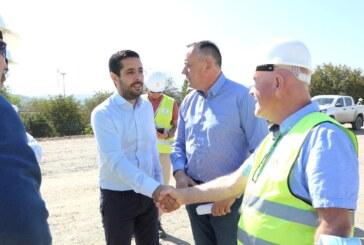 Tomislav Momirović i Aleksandar Antić obišli radove na mostu na Južnoj Moravi