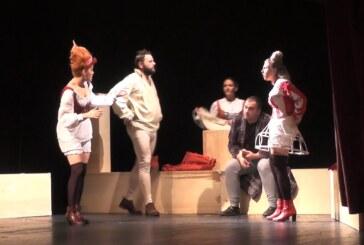 """U Kruševcu izvedena """"Komedija ometena u razvoju"""" pozorišta Semberija iz Bjeljine"""