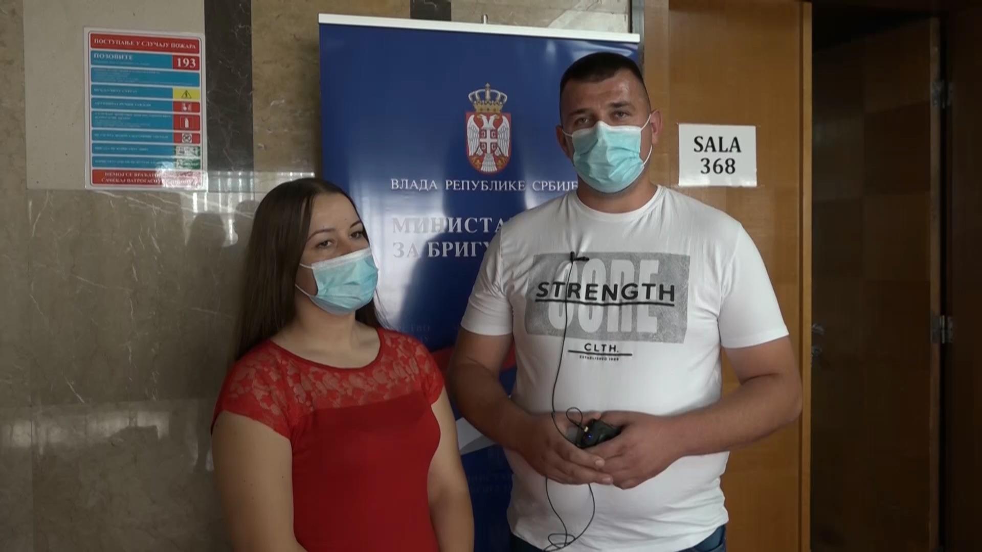 Konkursom Vlade Srbije i Ministarstva za brigu o selu-kuća i okućnica za mladi bračni par iz Obreža