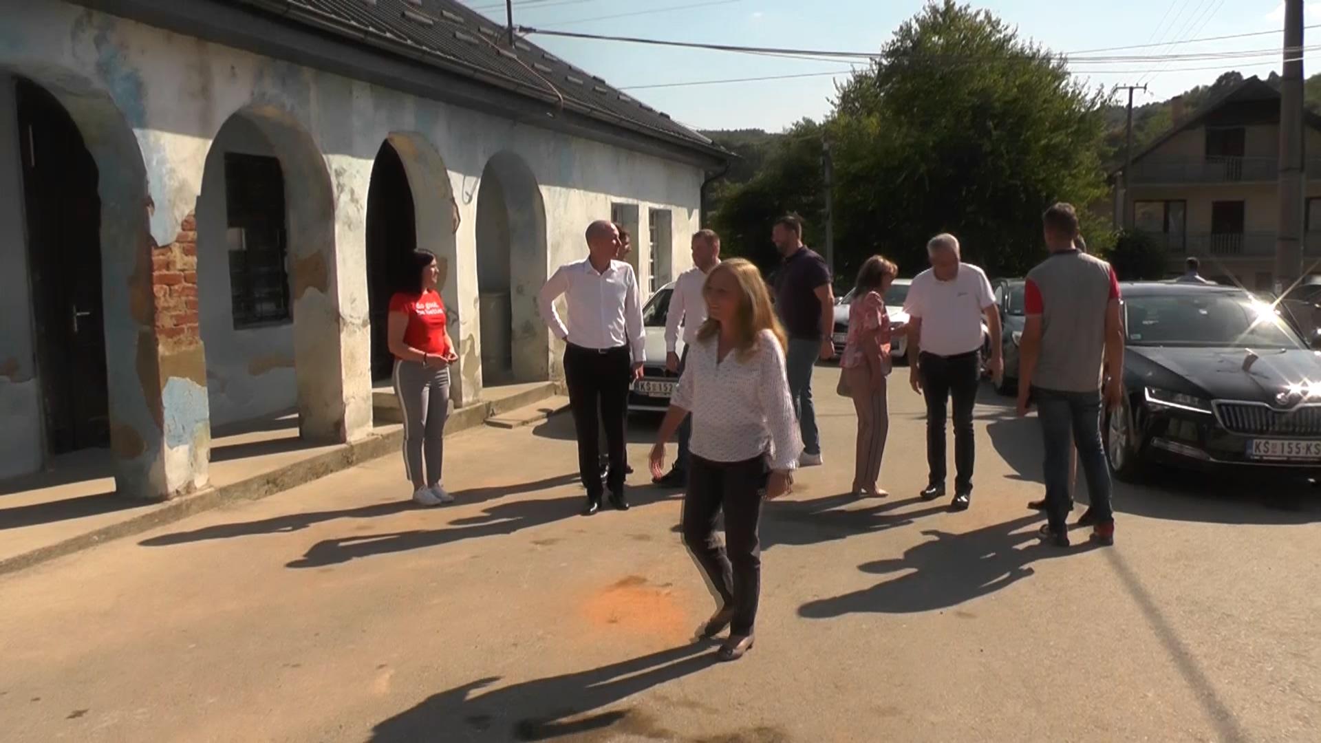 Gradonačelnica sa saradnicima obišla nedavno završene radove u Gaglovu