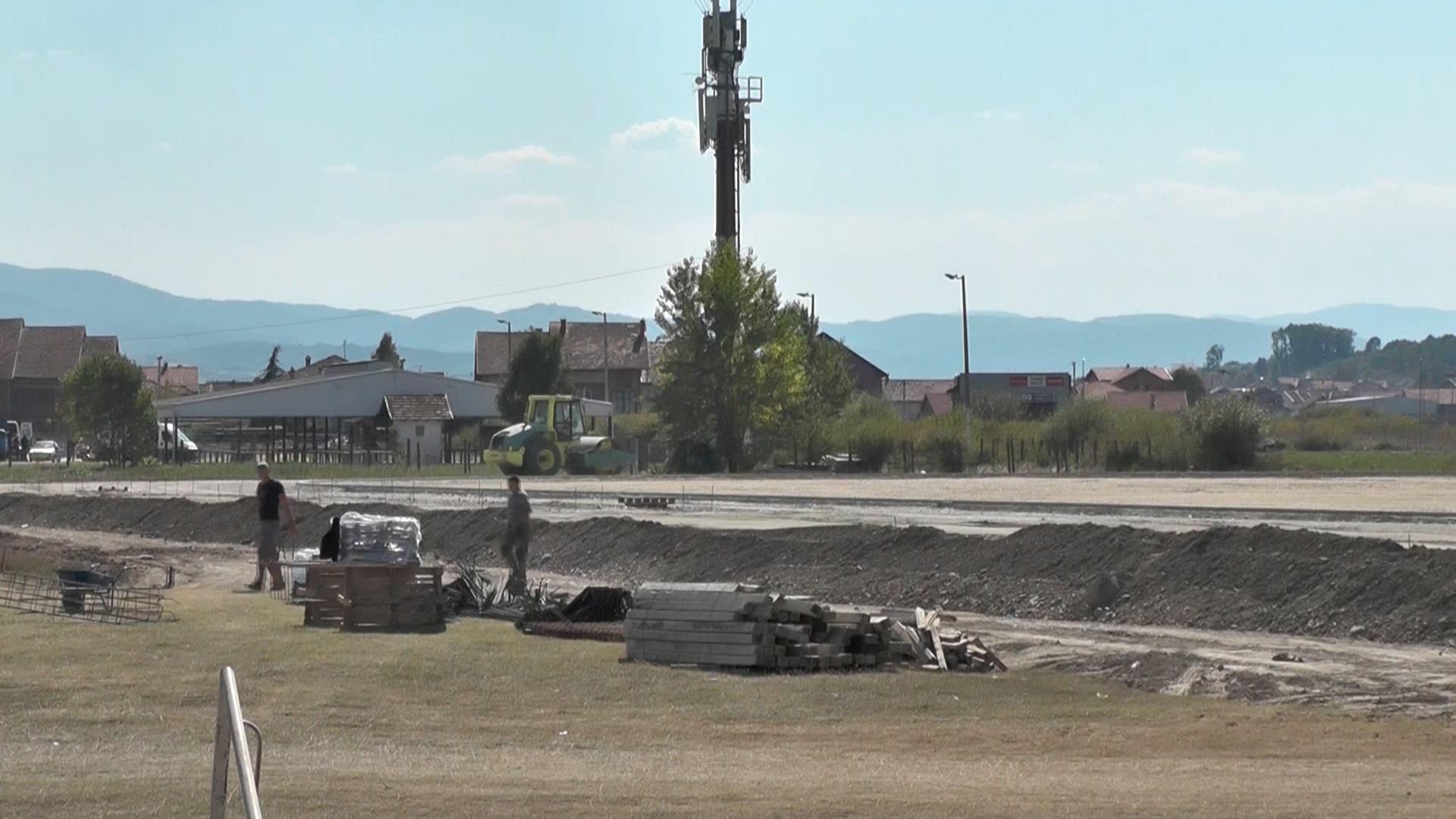 """Radovi na izgradnji stadiona """"Jedinstvo"""" – i pristupnih saobraćajnica"""