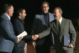 Predsednik Aleksandar Vučić i američki ambasador Entoni Godfri obišli radove na Moravskom koridoru